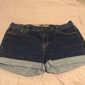 Old Navy denim short shorts